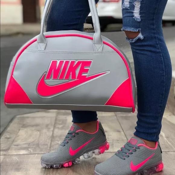 3e0f90fab48c07 Nike Bags   Bag And Shoe   Poshmark